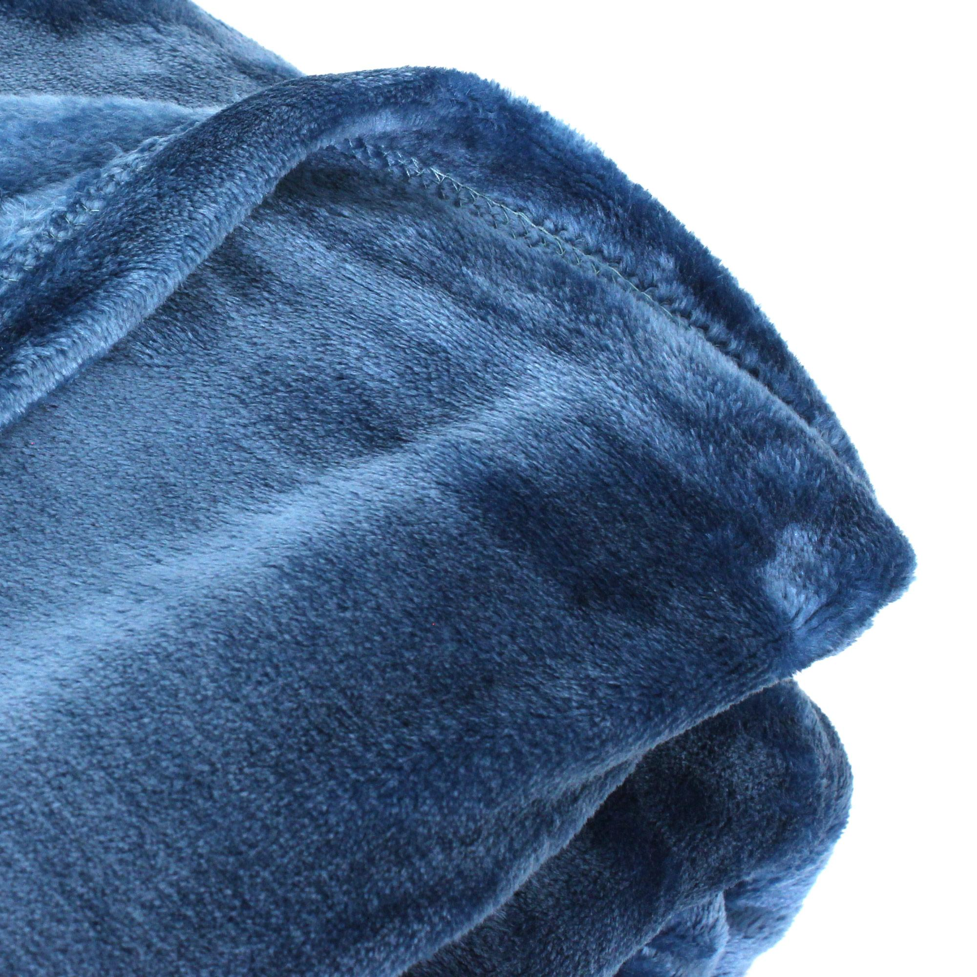 couverture polaire microvelours 220x240 cm velvet bleu de prusse bleu 100 polyester 320 g m2. Black Bedroom Furniture Sets. Home Design Ideas