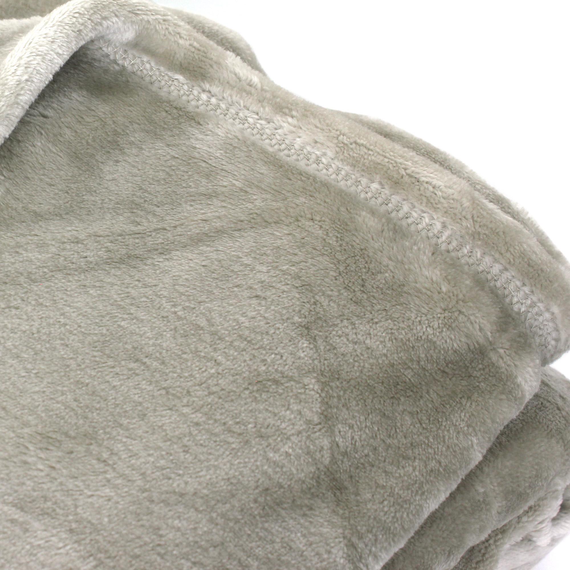 couverture polaire microvelours 220x240 cm velvet galet marron 100 polyester 320 g m2. Black Bedroom Furniture Sets. Home Design Ideas