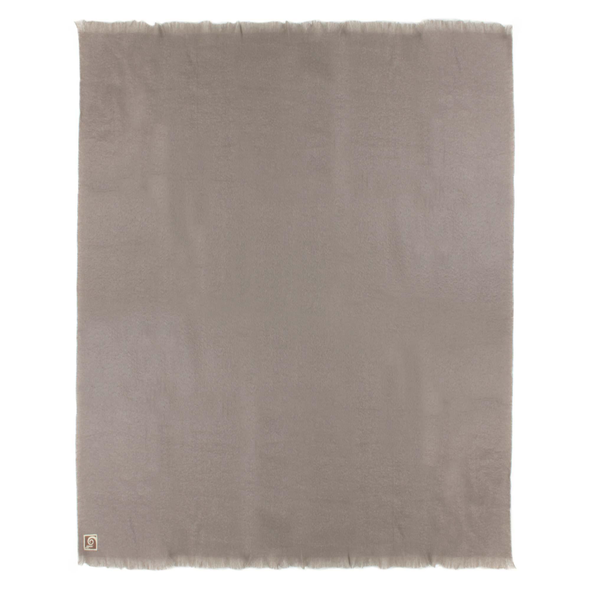 couverture laine mohair 220x240 cm thesee marron taupe linnea vente de linge de maison. Black Bedroom Furniture Sets. Home Design Ideas