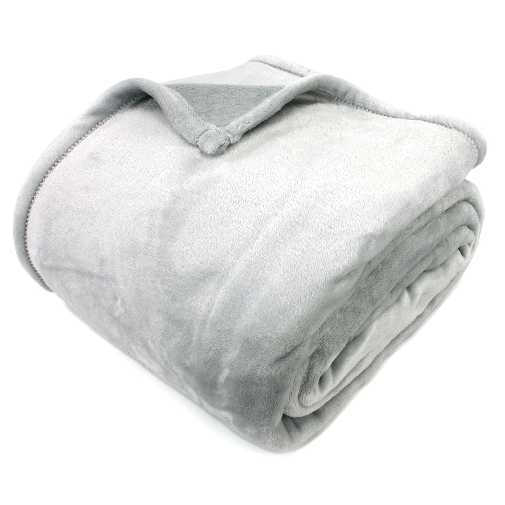 couverture microfibre 220x240 cm velvet perle linnea vente de linge de maison. Black Bedroom Furniture Sets. Home Design Ideas