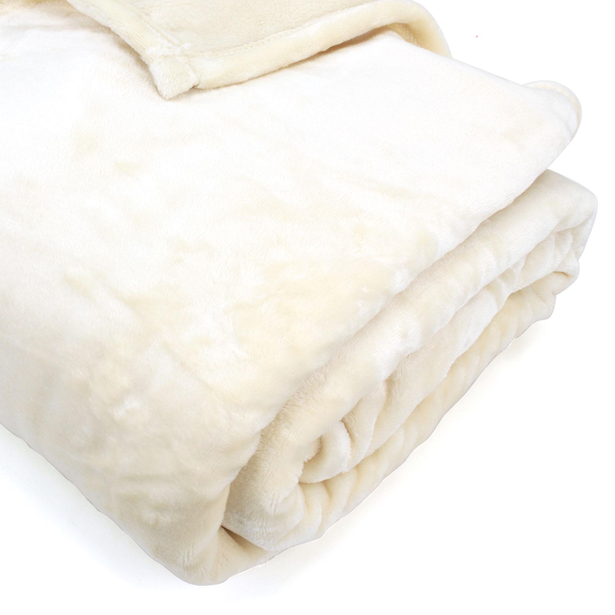 couverture microfibre 240x260 cm velvet ivoire linnea linge de maison et. Black Bedroom Furniture Sets. Home Design Ideas