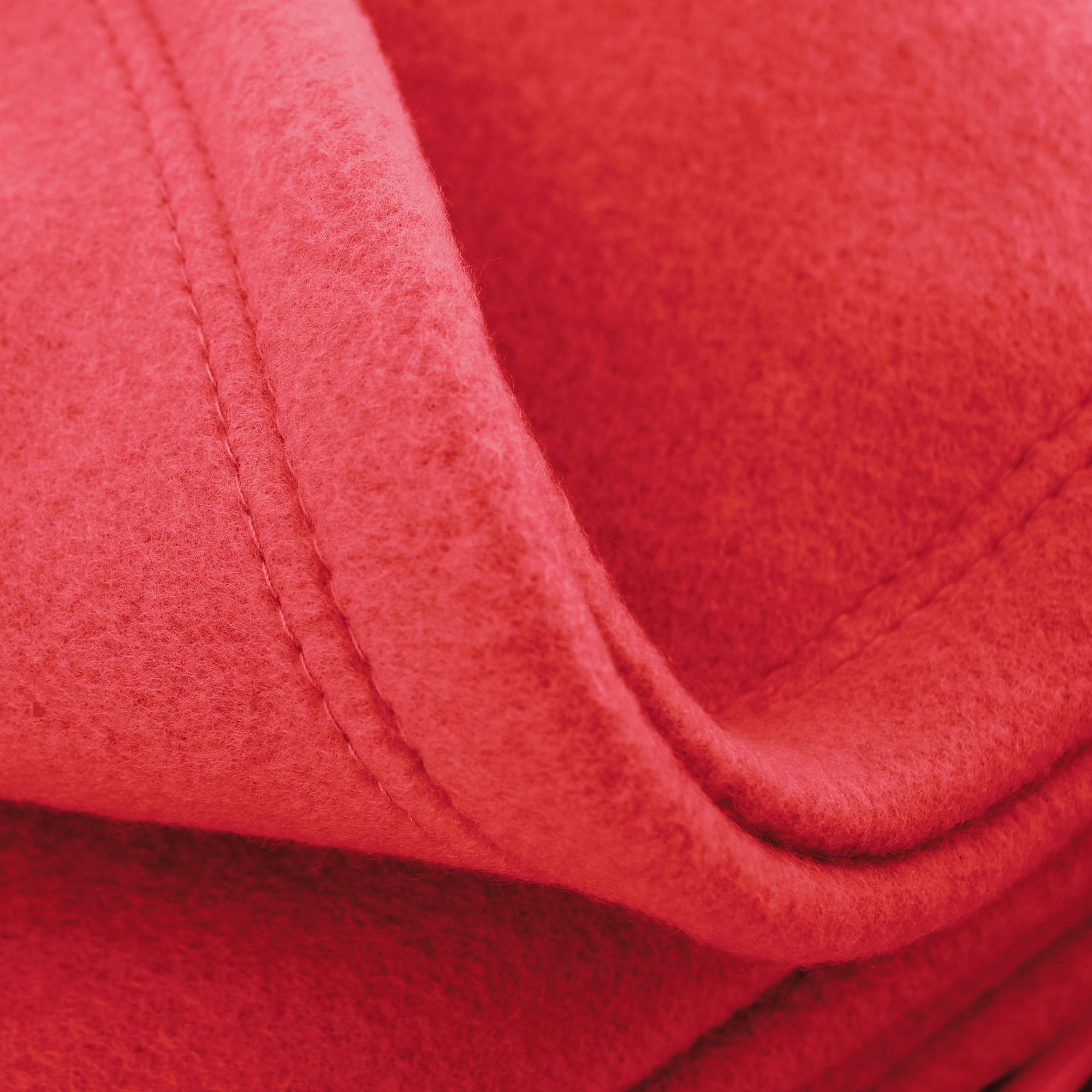 couverture polaire 220x240 cm isba fraise 100 polyester 320 g m2 trait non feu linnea. Black Bedroom Furniture Sets. Home Design Ideas