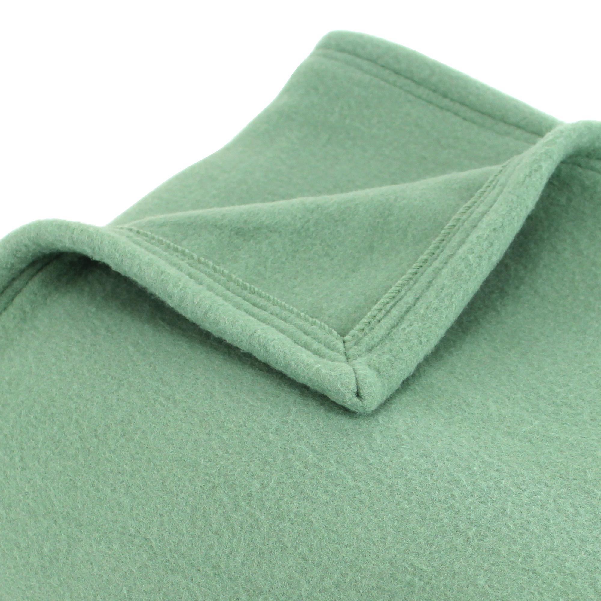 couverture polaire polyester 240x260 cm teddy amande linnea linge de maison et. Black Bedroom Furniture Sets. Home Design Ideas