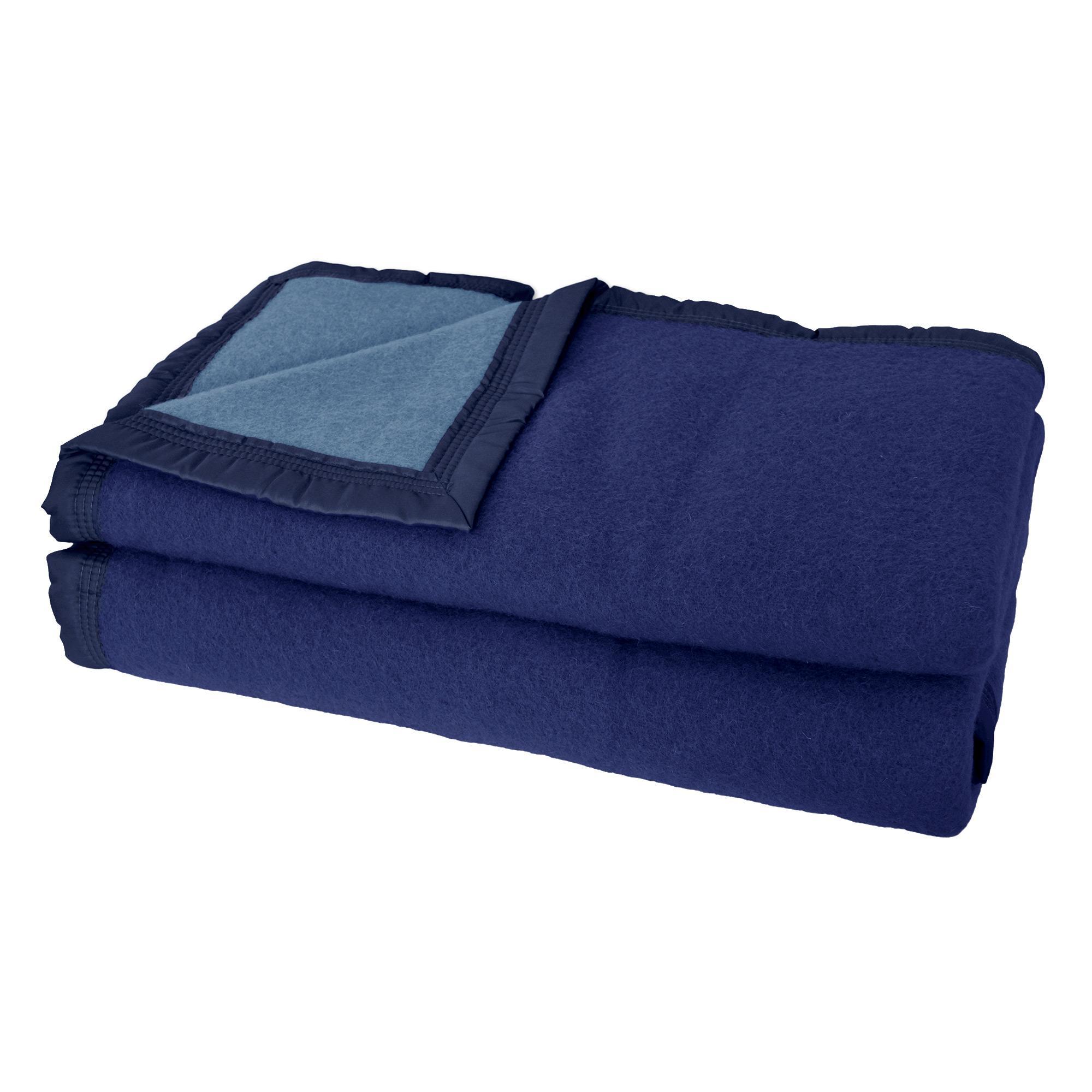 couverture pure laine vierge woolmark 500g m volta 220x240 cm bleu marine myosotis linnea. Black Bedroom Furniture Sets. Home Design Ideas