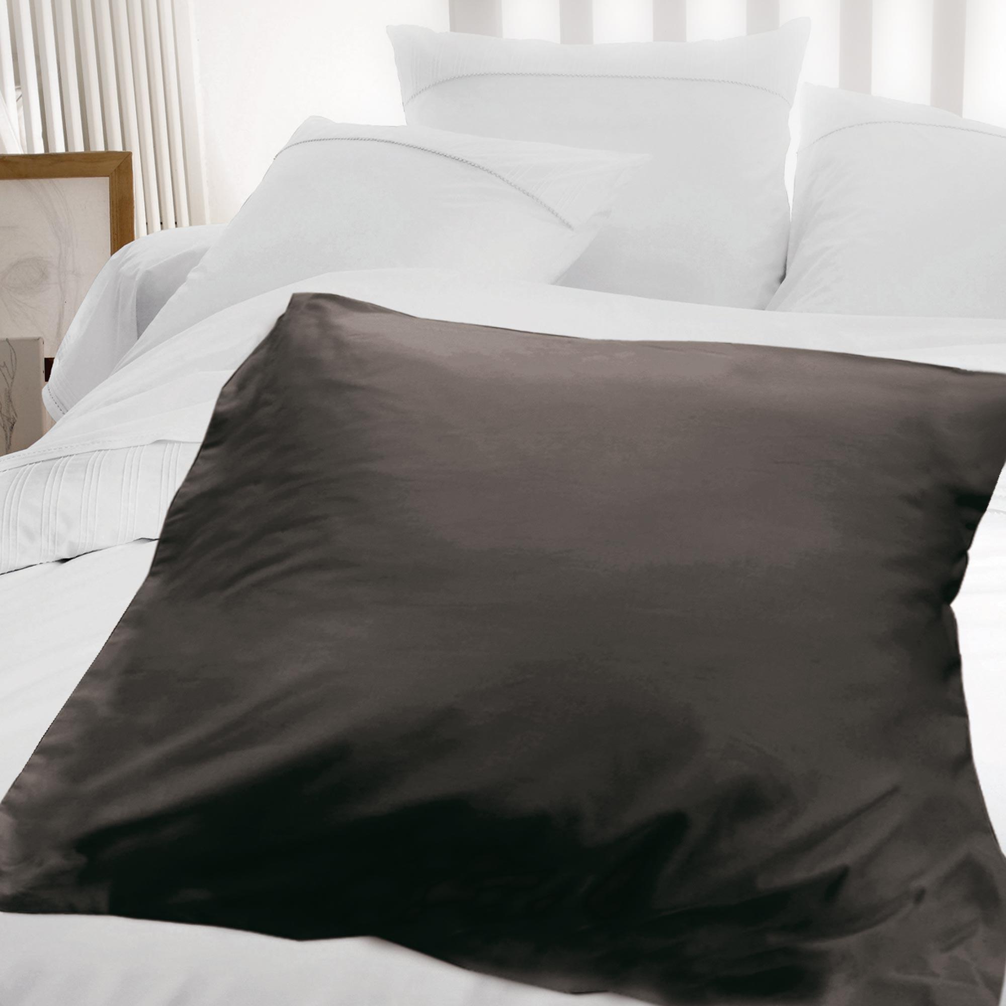 housse d 39 dredon 140x150cm uni pur coton alto marron mangan se linnea linge de maison et. Black Bedroom Furniture Sets. Home Design Ideas