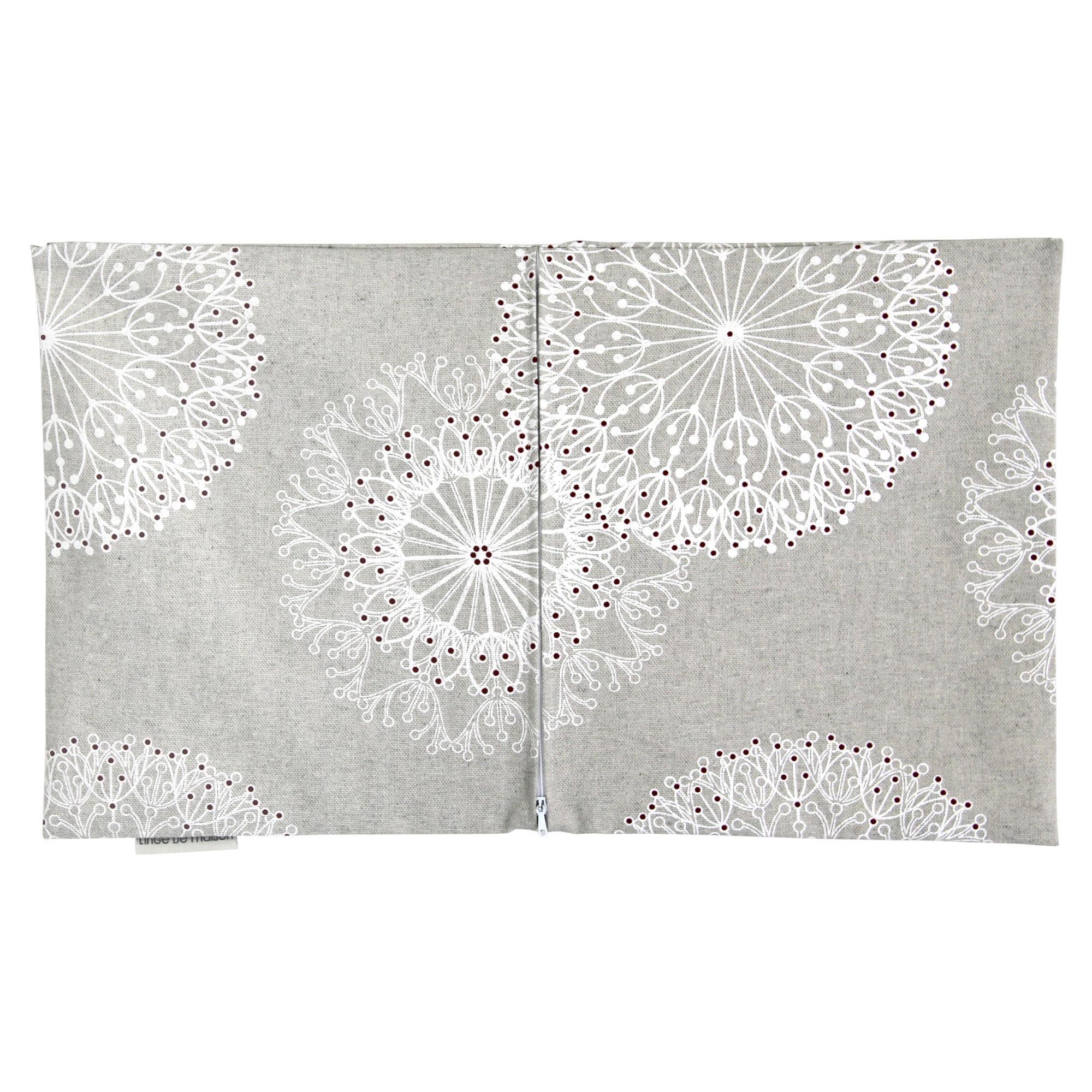 housse de coussin 30x50 cm diano cleomes blanches polycoton linnea linge de maison et. Black Bedroom Furniture Sets. Home Design Ideas