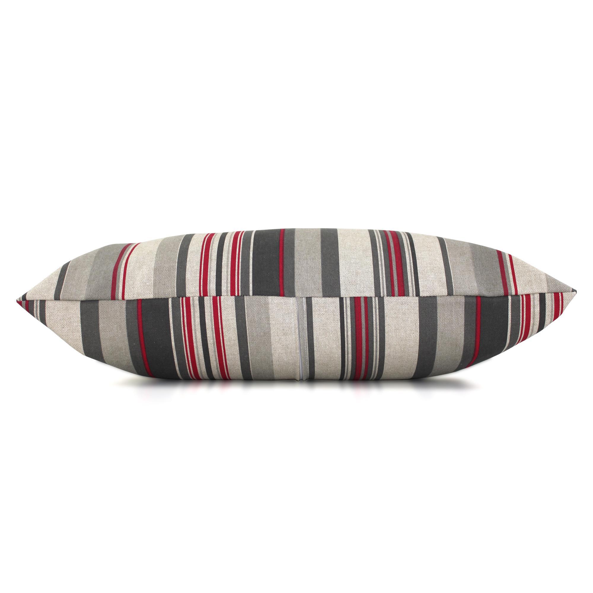 housse de coussin 30x50 cm tabiano lignes rouges et grises. Black Bedroom Furniture Sets. Home Design Ideas