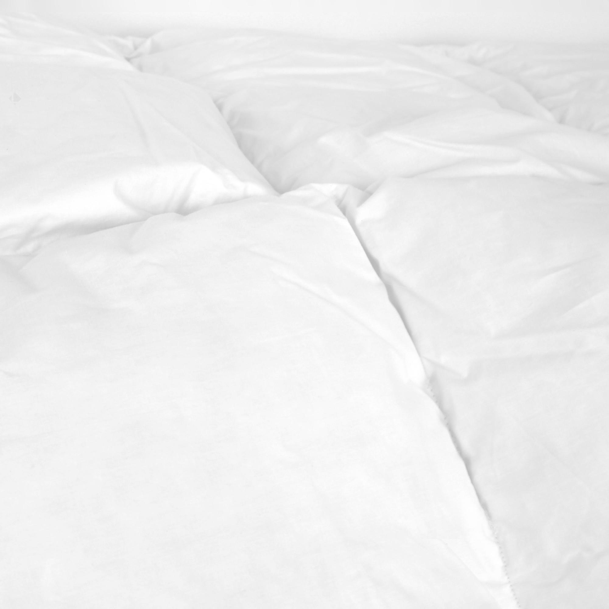 couette 300x240 cm norvege luxe duvet de canard et plumettes 300 g m2 linnea linge de. Black Bedroom Furniture Sets. Home Design Ideas