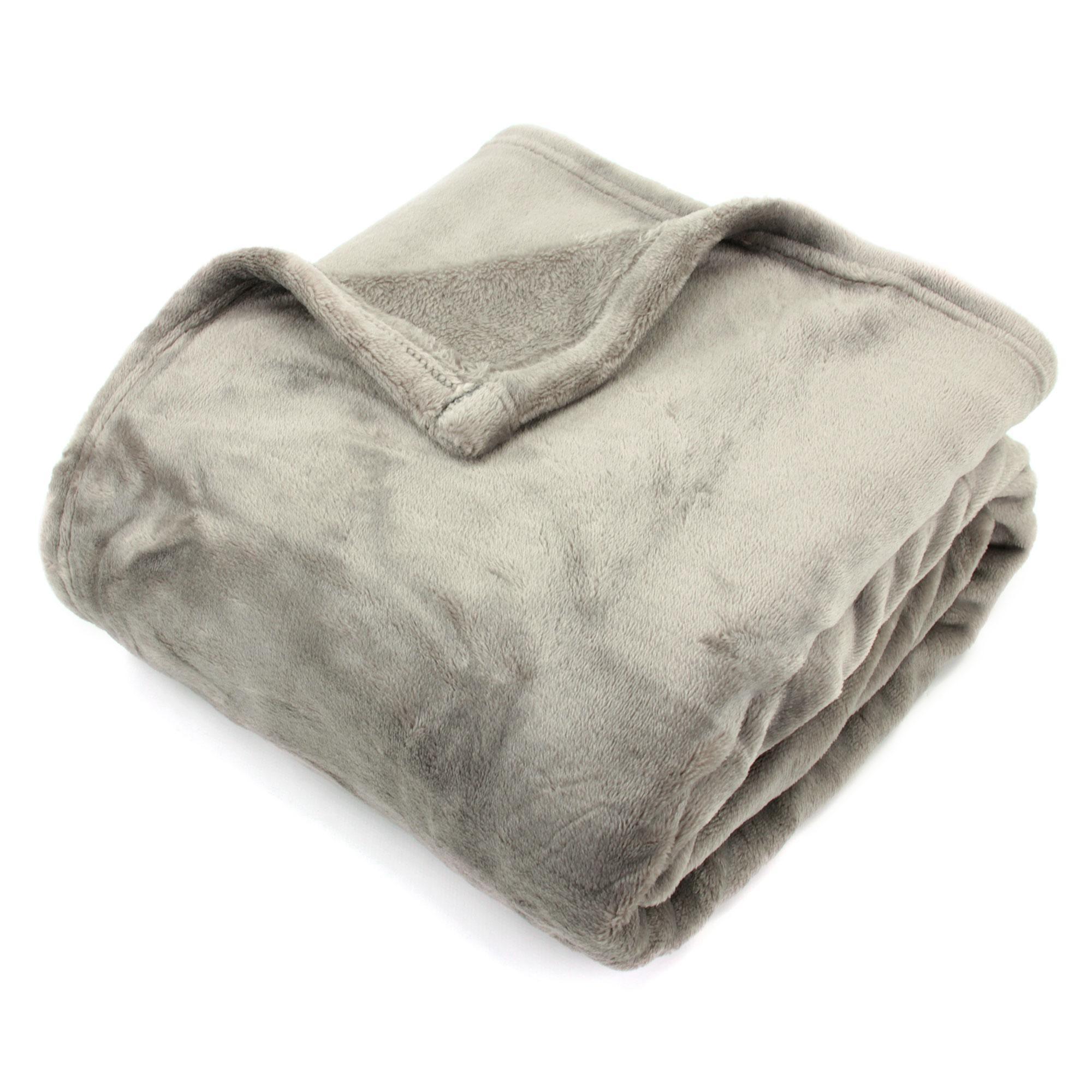 plaid microfibre 150x200 cm velvet taupe linnea vente de linge de maison. Black Bedroom Furniture Sets. Home Design Ideas
