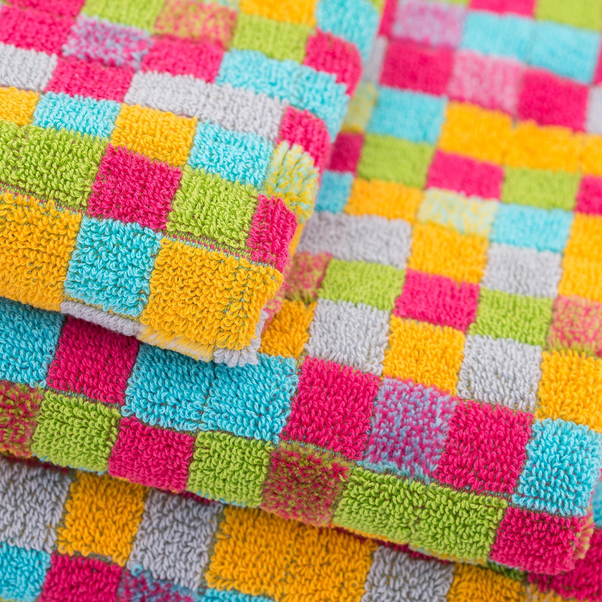 serviette de toilette 50x100 cm graphic squares multicolore 550 g m2 linnea vente de linge de. Black Bedroom Furniture Sets. Home Design Ideas