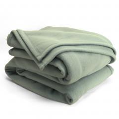 Couverture polaire 180x220cm Isba, Amande - 100% Polyester 320 g/m2, traité non-feu